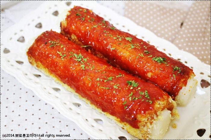[꾼떡, 가래떡꼬치] 식빵에 돌돌말아 만든 가래떡꼬치